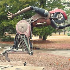 Sculpture of Bruce Larsen, Fairhope, AL (I was fortunate to meet Bruce and learn about his inspiration and creative process.  He is an amazing and unassuming artist.)