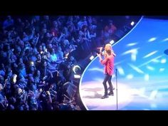 Rolling Stones-As Tears Go By[ With Taylor Swift]Chicago So beautiful!