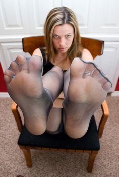 Hot Lesbian Pantyhose Feet Pics 56