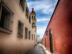 Callejón de catedral de Saltillo, Coah. Mex.