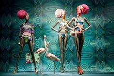 WEBSTA @ vmtips - #vmtips ideas para tu escaparate. #visual #visualmerchandising #merchandise #store #storewindows #windows #windowdisplay #mall #mannequin #womenswear #swimwear #spring #springsummer #summer #2017 #idea #strategy #colors #color #retail