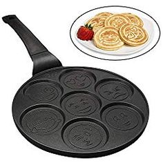 Emoji Pancake Pan- 7 unique and fun faces. The Emoji Pancake Pan has a PTFE free non-stick coating that will make your pancakes easy to remove from the pan. Pancake Maker and Flapjack Cooker- Delicious flapjacks with a twist. Pancake Pan, Pancake Maker, Pancake Bites, Pancake Breakfast, Breakfast Ideas, No Egg Pancakes, Mini Pancakes, Tasty Pancakes, Chapati