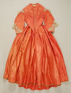 Dress, dated 1864-65, American. Met # C.I.43.106.1a, b. Includes three views. The color, the hem braid, the trim, the buttons, the double-pointed bodice! So amazing!