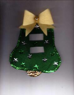 Christmas Room, Christmas Lights, Christmas Holidays, Felt Christmas Decorations, Christmas Stockings, Holiday Decor, Beautiful Christmas, Simple Christmas, Felt Ornaments Patterns