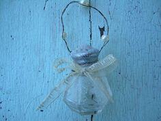 Repurposed Christmas Ornament - Cute idea $12