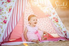 Gold Coast Children photography with a teepee, photo by Sunlit Studios
