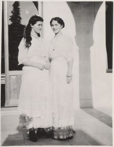 Maria & Olga at Livadia, 1914