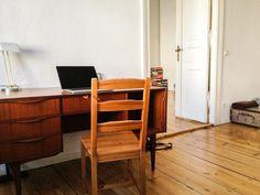Platz für Homeoffice: Arbeitsplatz in schönen, herbstlichen Brauntönen #Herbst #HomeOffice #Berlin
