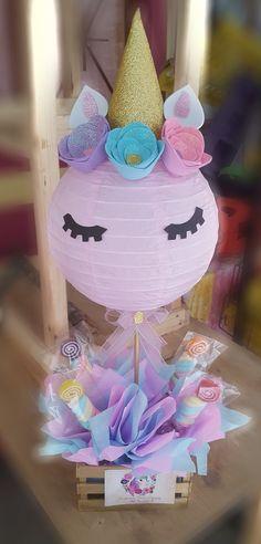 Centro de mesa unicornio. Unicorn Themed Birthday Party, Unicorn Birthday Parties, Unicorn Party, Girl Birthday, Birthday Ideas, Party Centerpieces, Birthday Party Decorations, Unicorn Centerpiece, Deco Buffet
