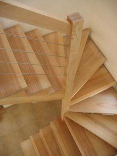 09-03 Escalier 2/4 tournant rampe sur rampe avec crémaillére. « Espace Bois