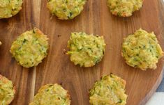 When it comes to simple snack recipes, it doesn& get much easier (or tastier!) than these Thermomix Cheese and Zucchini Bites. Lunch Box Recipes, Veggie Recipes, Baby Food Recipes, Snack Recipes, Lunchbox Ideas, Detox Recipes, Yummy Recipes, Veggie Muffins, Mini Muffins