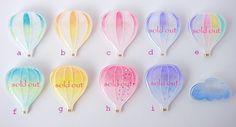 気球のブローチ
