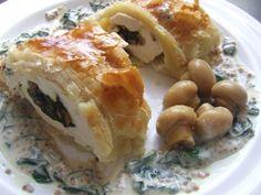 Tésztában sült töltött csirkemell - Motoros konyhája Chicken, Food, Essen, Meals, Yemek, Eten, Cubs