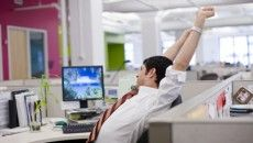 12 tips for dealing with a lazy coworker Lazy Coworker, Leadership, Desk Workout, Office Exercise, Office Workouts, Office Yoga, Adult Adhd, Lazy People, How To Stop Procrastinating