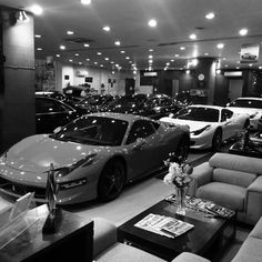 Stunning Ferrari Range 458 Italia and FF