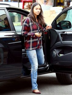 Zoe Saldana goes without makeup in L.A. on March 11, 2015.