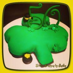 Green Clover Cake.