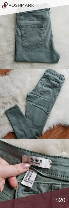Forever 21 jeans Army green pants  Forever 21 Los Angeles Forever 21 Pants