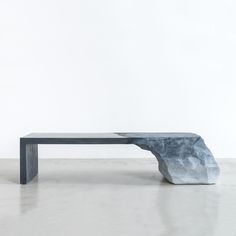 Brooklyn-based designer Fernando Mastrangelo creates sculptural furniture pieces such as his latest project, the 'Drift Bench'. Design Furniture, Table Furniture, Modern Furniture, Nice Furniture, Street Furniture, Interior Design Magazine, Cement Bench, Cement Art, Charles & Ray Eames