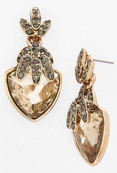 crystal drop earrings http://rstyle.me/n/udq5apdpe