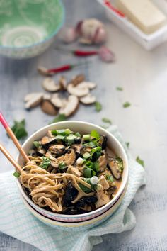 vegetarian laksa with tofu, shiitake and noodles. quick and easy recipe!