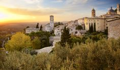 The marvelous buildings and sights in Assisi set high expectations for an unforgettable Italian adventure--one that will certainly be met as we hike from Assisi to Rome.