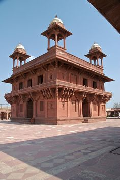 Diwan-I-Khas (The Hall of Private Audience), Fatehpur Sikri, India Mughal Architecture, Beautiful Architecture, Art And Architecture, Amazing India, Mughal Empire, Historical Monuments, India Tour, Agra, India Travel