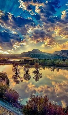 Mountain,water,reflection,nature,beauty uploaded by alohacolette Beautiful Nature Wallpaper, Beautiful Sunset, Beautiful Landscapes, Beautiful Places, Wonderful Places, Amazing Photography, Landscape Photography, Nature Photography, Nature Pictures