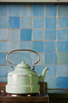 Handmade tiles can be colour coordinated and customized re. shape, texture, pattern, etc. by ceramic design studios Handmade Tiles, Chocolate Pots, Ceramic Design, Vintage Kitchen, Tea Set, Layout Design, Tea Time, Tea Party, Tea Cups