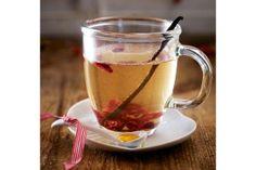 Amaretto-Vanille-Punsch Rezept: Kirschen,Amaretto,Vanilleschote,Weißwein,Zucker,Honig