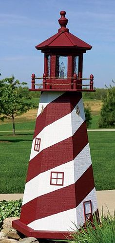 Amish wooden lighthouses. Lawn, garden & yard lighthouses. Poly lighthouses, unlit or solar led lighted. Great selection. Handmade by Ohio Amish.