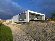 Inspiring Basement Boxes House Sloping Land Architecture