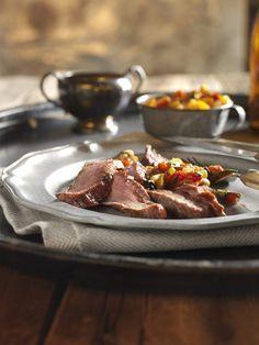 Cedar Planked Steak with Charred Garden Salsa - Canadian Beef Steak Fajitas, Beef Steak, Flank Steak, Grilling Recipes, Beef Recipes, Cedar Planks, Marinated Steak, Smoking Recipes, Smoker Cooking