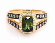 Best online jewelry deals selected for you: gold jewelry, pearls jewelry, diamond jewelry, and gemstones. Deals and offer on a variety of products, from earrings to bracelets, and from rings to necklaces, for all tastes and match for every event, lie waiting to be discovered.
