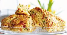 Savory scones with ham, capsicum and cheese make a super lunch-box filler or afternoon snack. Savoury Slice, Savory Scones, Savoury Biscuits, Cheese Scones, Healthy Afternoon Snacks, Healthy Dinner Recipes, Lunch Recipes, Yummy Recipes, Yummy Yummy
