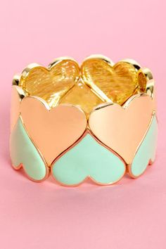 This site has so many cute (and cheap!) rings and bracelets, etc! I'm obsessed :) please buy me everything!!!