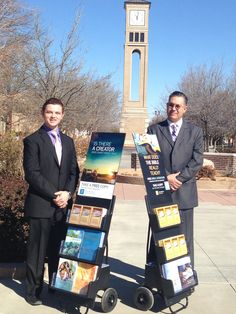 Canyon, Texas - Public witnessing. #literature_cart