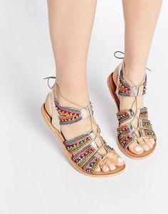 3a86e01a8 Discover Fashion Online Sapatos Sandálias, Sandalia Gladiadora, Chinelos De  Crochê, Sandalia Rasteira,