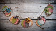Embroidery On Paper Adorable scrap paper pumpkin bunting/banner. Made from an oval paper punch and jute/twine for the string. Autumn Crafts, Thanksgiving Crafts, Holiday Crafts, Fall Paper Crafts, Holidays Halloween, Halloween Crafts, Halloween Makeup, Pumkin Decoration, Decorations