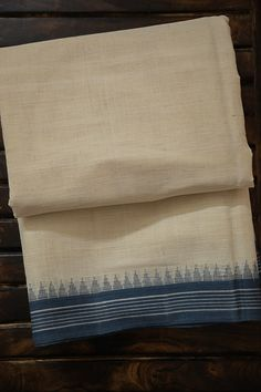 Kanjivaram Sarees Silk, Kalamkari Saree, Indian Silk Sarees, Cotton Saree Designs, Half Saree Designs, Trendy Sarees, Stylish Sarees, Swadeshi Movement, South Indian Bride Saree