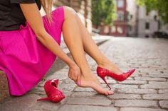 Get rid of heel blisters by applying clear deodorant to the inside of your shoes. 52 Awesome Clothing And Shoe Hacks To Save You So Much Money Heel Pain, Foot Pain, Stilettos, Stiletto Heels, High Heels, Your Shoes, New Shoes, Cracked Heels Treatment, Legs