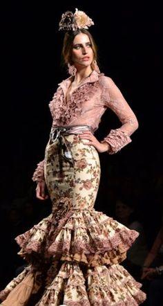 Halloween Diy, Halloween Costumes, Flamenco Dancers, Chula, Fishtail, Dance Costumes, Pretty In Pink, Gypsy, Virginia