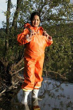 The best rainwear from Norway - Helly Hansen Country Wear, Pvc Raincoat, Rain Gear, Pvc Vinyl, Helly Hansen, Catsuit, Asian Girl, Rain Jacket, Windbreaker