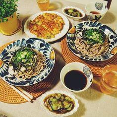 お蕎麦を盛り付けて。夏にぴったりなさわやかな雰囲気。 Kitchen Goods, Okinawa, Japanese Food, Cool Kitchens, Decorative Plates, Pottery, Ceramics, Foods, Dishes