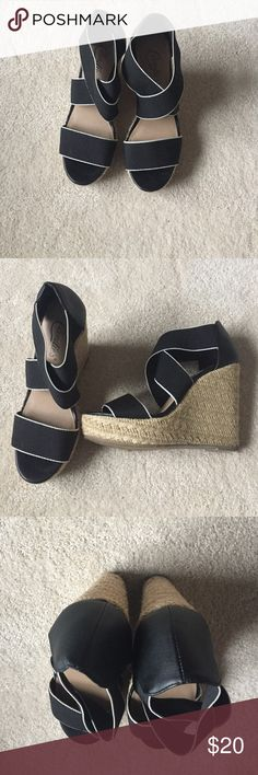 👠 High Heels Tall Black & White Wedges Candie's Shoes Wedges