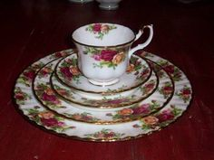 Old Country Roses China by Royal Dalton. If I ever bought a set of china, this would be the pattern I would choose.