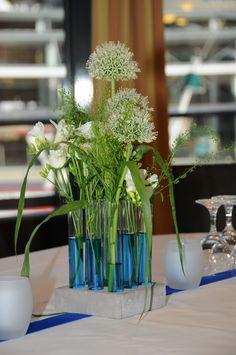 blumenstrau mit kornblumen und margeriten tischdeko pinterest bilder. Black Bedroom Furniture Sets. Home Design Ideas