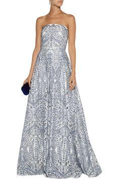 52c9bc4f33 21 Best Evening gowns images in 2019   Designer dresses, Designer ...