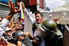 "Lilian Tintori denuncia ""trato cruel e inhumano"" a Leopoldo López en la cárcel"