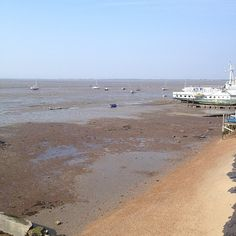 Tide's out #Leighonsea April 2014